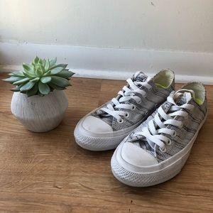 Converse Chuck 2 Sneakers